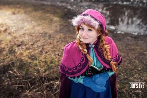 Princess Anna by MAJCosplay