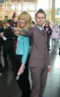 Doctor and Rose cosplay Desucon 2013 by sleepyhamsteri