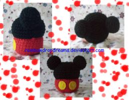 Mickey Mouse Cupcake by RainbowDropDreams