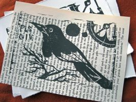 Pls Giv Magpie Print on Text by tencrowns-studio
