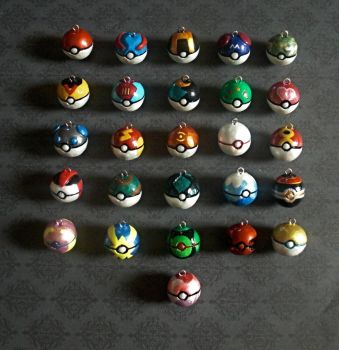 Pokeball Charms by GandaKris