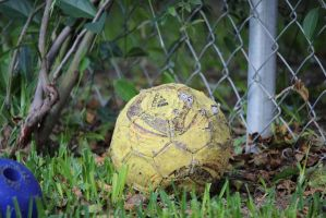 Damaged Soccer Ball by kwuus