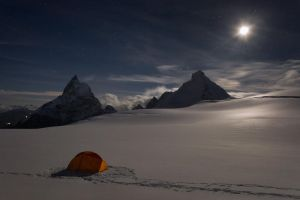 A Night on Stockji Glacier by RobertoBertero