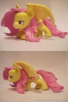 Flutterbat - Figurine / Sculpture by SharielSong