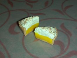 Lemon Meringue Pie by ninja2of8