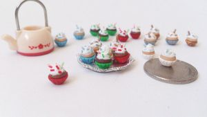 Miniature cupcakes for christmas by RoOsaTejp