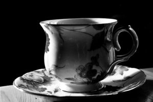Black and White Tea by Pasywna