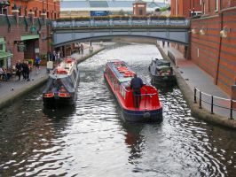 Worcester and Birmingham Canal by piglet365