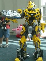 Comic-Con 2009 - Bumblebee by ramen-breath