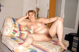 Maryelle chubby french Milf wide open on a sofa by masterarabe