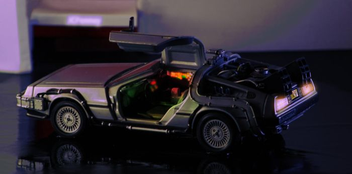 Delorean - Back To The Future by Praclarush