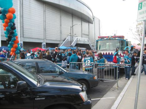 SJ Sharks Playoff Party by bergauk
