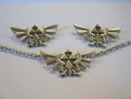 Hyrule crest pendant in silver by LARvonCL