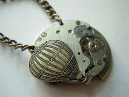 hot air balloon necklace by steamedge