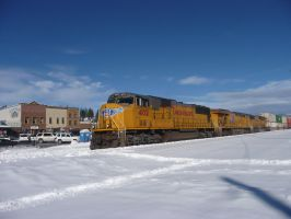 UP SD70M 4102 by BNSF