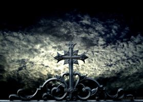 Holy Cross by Gothicmama