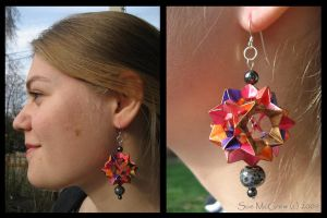 Handmade Origami Earrings 1 by Suzuko42