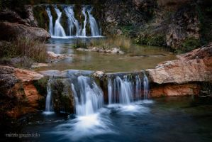 Waterfall by trencapins