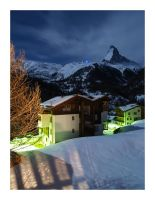 A nightview of the Matterhorn by Ouylle