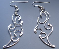 Flame Wire Earrings by xian-atedstuff