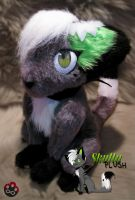 Skully plush by Siplick
