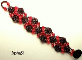 Romantic Red Bracelet by gordissima