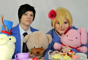 Honey-Senpai and Mori-Senpai - Tea party! by Millahwood