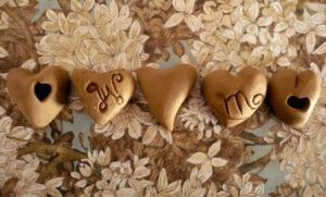 Ceramic Hearts by greenmimosa