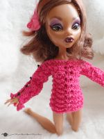 Hand knit boatneck summer sweater for Monster High by kivrin82