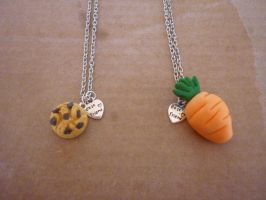 .: Necklace Cookie and Carrot :. by Shady-Fuyuzora