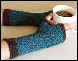 Endpaper Mitts by radioactive-orchid