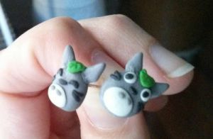 Totoro earrings by Saisoto