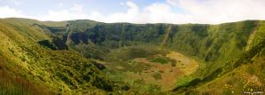 Caldeira do Faial by Dinozzaver