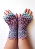 Frosted Lilacs - Dragon Gloves by FearlessFibreArts