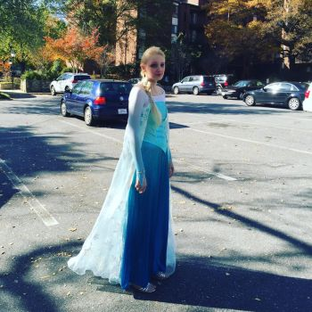 lmao Guess who was Elsa... by luigirules64