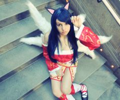 Ahri from League of Legends cosplay by kawaiilullaby