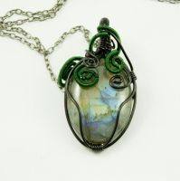Another labradorite pendant by 237743936