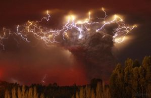 Volcanic Eruption of Ash Wallpaper - Real photo by dAKirby309