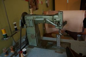 sewing machine by bookscorpion