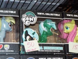 ( MLP ) Clear Funko Lyra Heartstrings at MCCC by KrazyKari