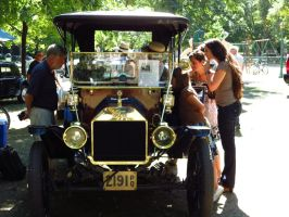 1912 Ford Model T Touring Car by Kitteh-Pawz
