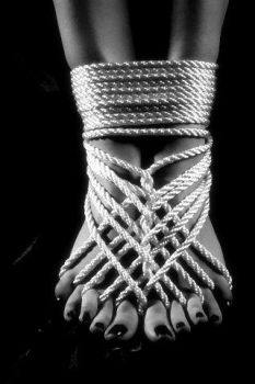 Roped toes by MistressMinnX