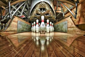 bowling HDR by delobbo