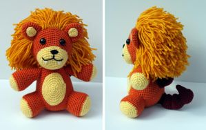 Fluffy Manticore Amigurumi by MilesofCrochet