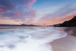 China Beach Sunrise by TahaElraaid