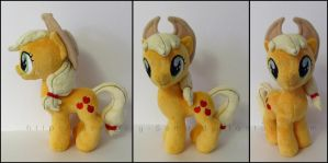 Plushie: Applejack [J] - My Little Pony: FiM by Serenity-Sama