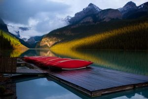 Sunrise at Lake Louise, Banff by gursesl