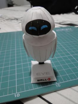 EVE papercraft by bslirabsl