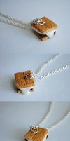 Smore Necklace (Different Angles) by ClayRunway