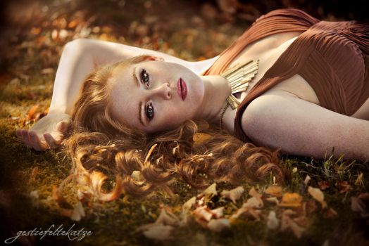 Autumn portrait by gestiefeltekatze
